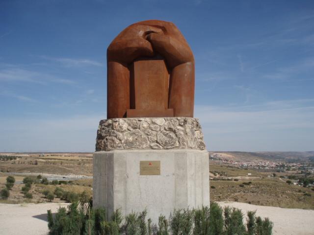 Monumento a las Brigadas internacionales – Martin Chirino, Morata de Tajuna, 3000x2200x1600