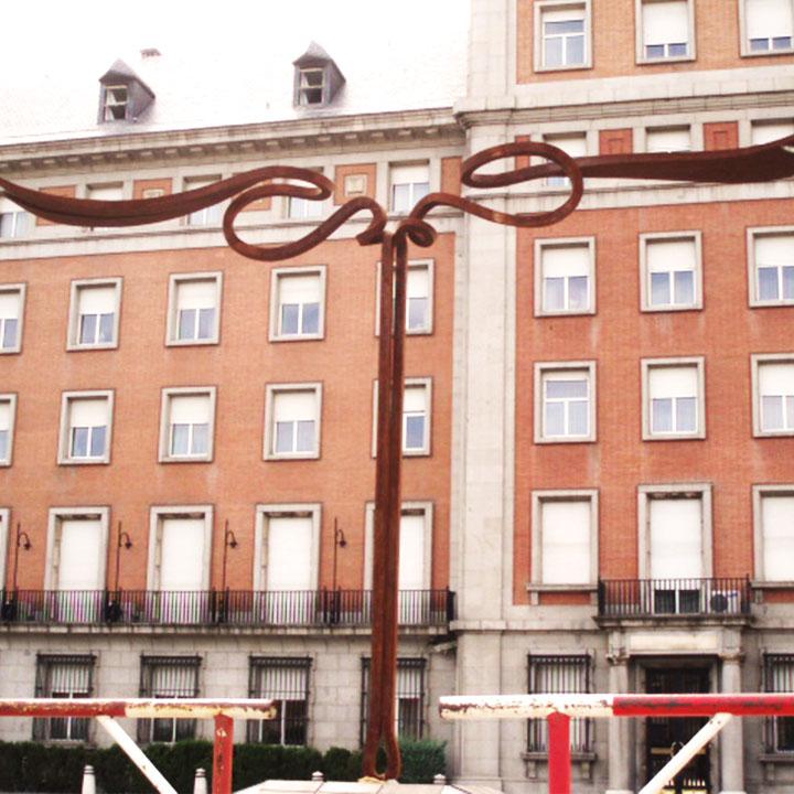 Martin Chirino-Mirada del horizonte II, 2006 – Ministerio del aire, Madrid